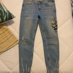 Zara embroidered jeans